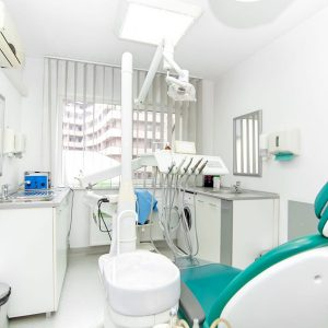 Implant Dentist Pikesville